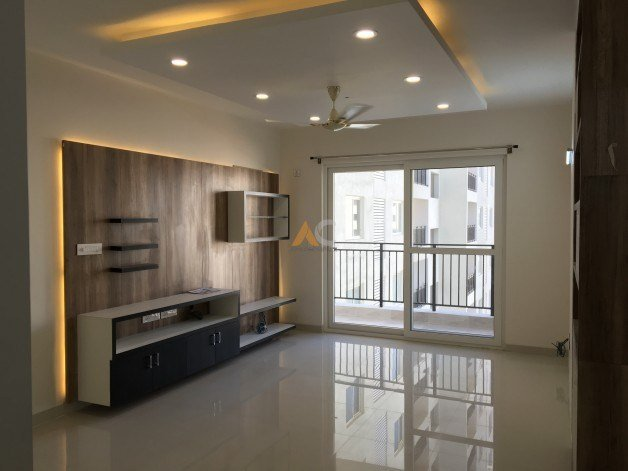 Best 3 Bedroom Apartment For Rent In Adarsh Palm Retreat With Pictures